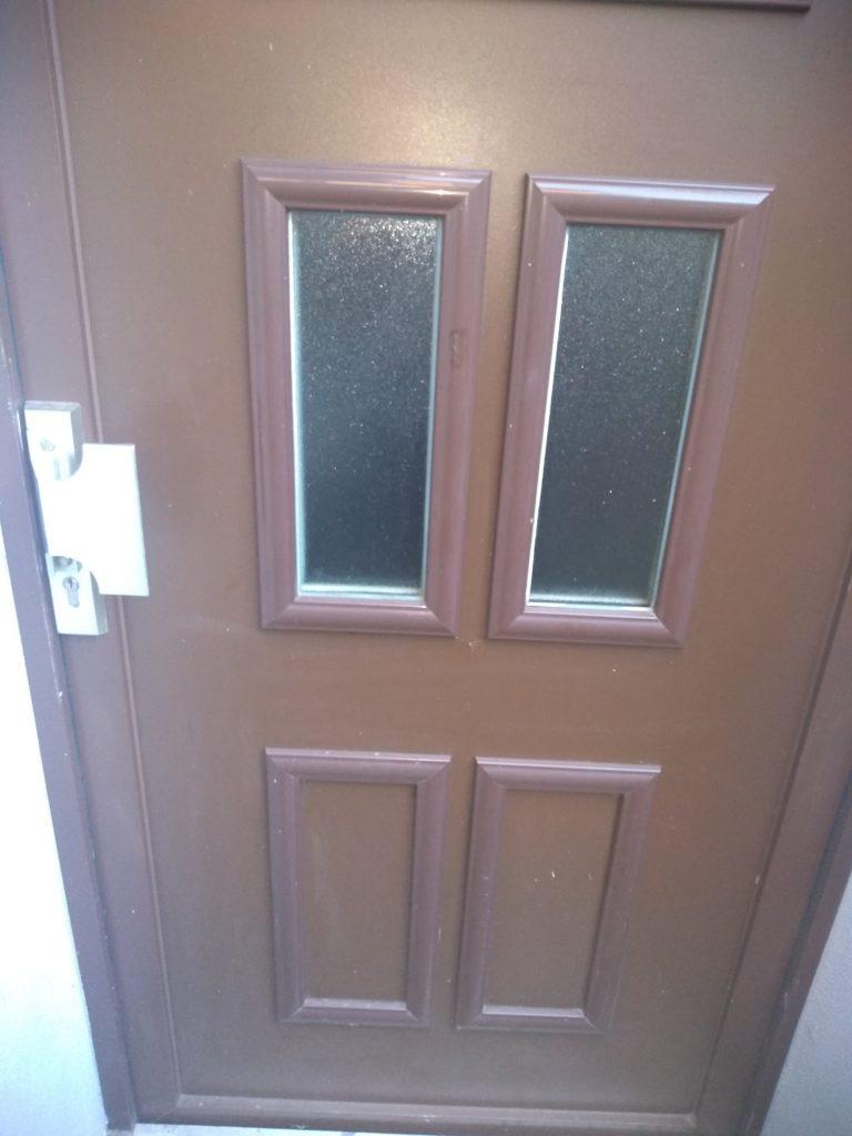 玄関ドア 外側