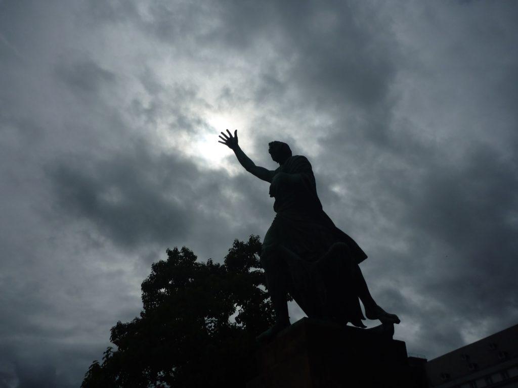Koblenz Statue am Rhein